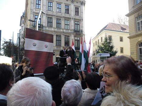 2012 Október 23, Egyetem tér. 22