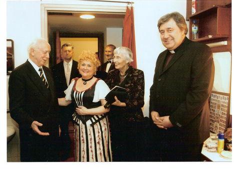 Ötvös Csilla:Despina Jubileum az Operában