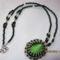 zöld medálos nyaklánc