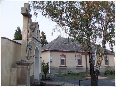 Templom, iskola, plébánia környéke 8