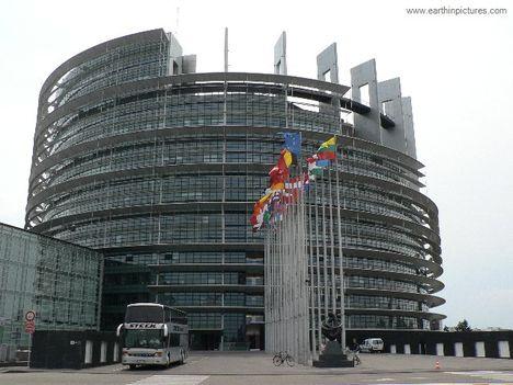 Europai Parlament az Új Babilon