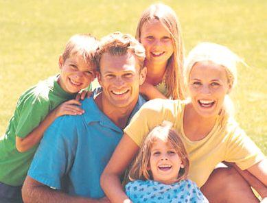 Boldog család