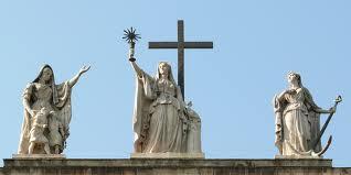 images (3) egri bazilika szobrok