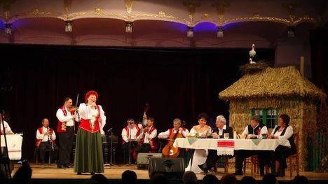 Magyarnóta est Marosvásárhely, 2012.11.25 Hajlik a rózsafa társulat szervezésében