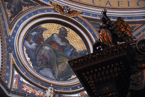 Mosaic of St. Luke the Evangelist, St. Peter's Basilica
