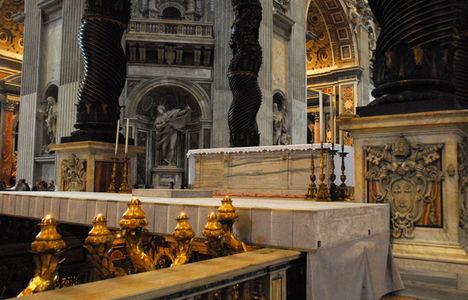 Papal Altar (1594) Basilica of St. Peter d