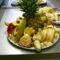 Gyümölcs és sajttál-2