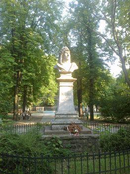 rákosszentmihályi mátyás szobor