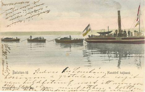 Balaton-tó. Hazatérő halászok.
