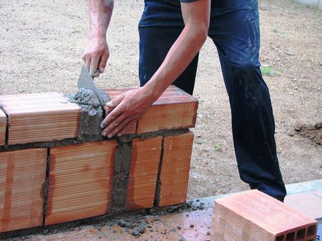 Az építőanyag beépítését bízzuk inkább szakemberre