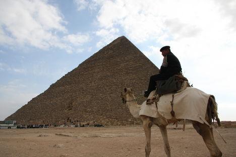 egyiptom 224