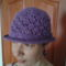 Levendula színű kagylós kalap