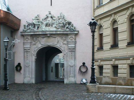 Tűztorony kapuja 2013