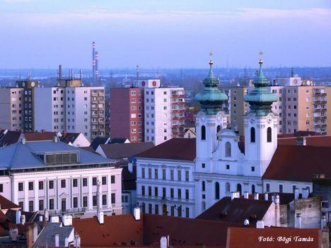 A Széchenyi tér a magasból