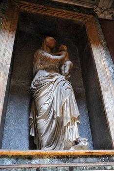 Tomb of Rafael h