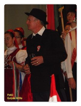 nnepség (53)