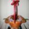Virágkosár (piros metál rózsa-fehér orchidea)