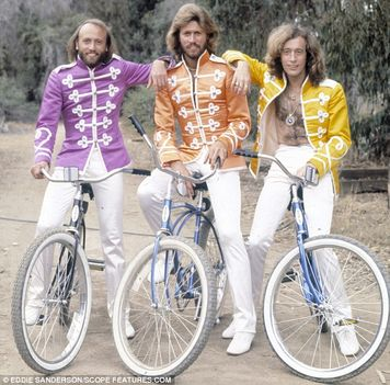 bee gees (3)