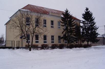 Iskola télen /alsó tagozat/