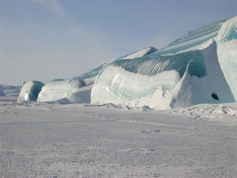Voltatok már az Antartikán a Déli sarkon? az   Internetnek köszönhetően olyan képeket láthatunk, amiket talán soha el sem tudnánk képzelni.