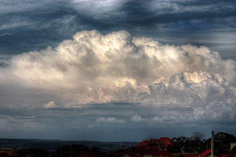 Felhős nyári délután