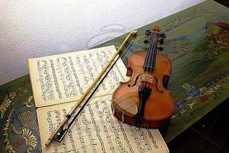 Húzzad cigány sírjon fel a hegedűn a húr