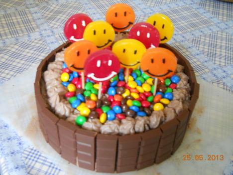 gyereknapi torta