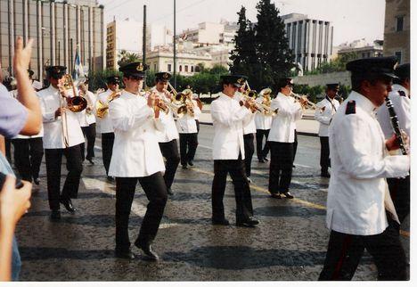 Görögországi nyaralás. 1 Athéni Parlement előtti Diszszázad őrségválltás