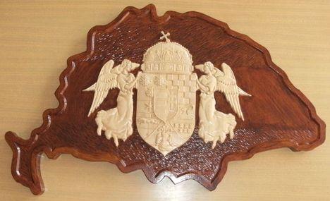 Nagy-Magyarország angyalos címerrel 3