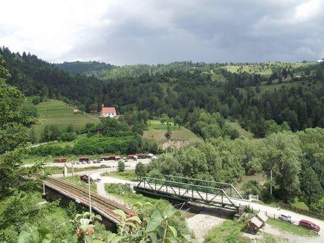 Gyimesbükk kilátás a Rákczi-várromból