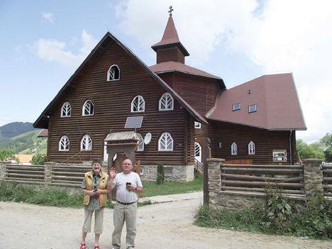 Gyimesfelsőlok Árpád-házi Szent Erzsébet Római Katolikus templom