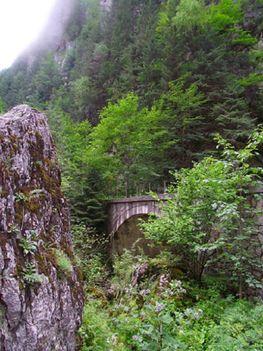 Békás-szoros Magyarok-hídja