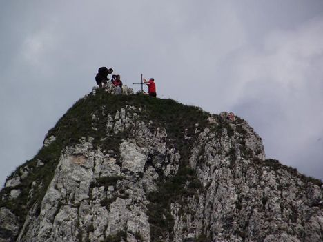 Egyeskő tetején