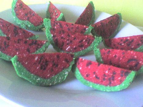 görögdinnye süti
