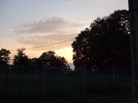 Iskolaréti naplemente