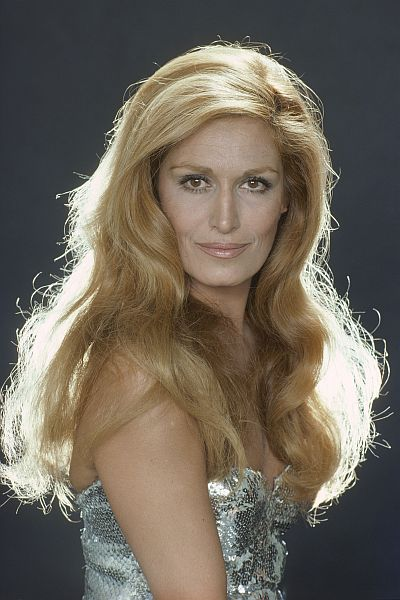 http://pctrs.network.hu/clubpicture/1/7/4/6/_/dalida-010_1746698_7884.jpg