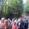 Keresztút több ezer résztvevővel.Úton a Kálváriadomra.