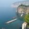 Tirrén-tenger 21 Meta kikötőjében