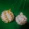 gömbök arany-fehér  spirál minta 2