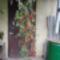 Függő cserépbe ültettem ugyan azt a paradicsomot, amit az István fent bemutatott, spanyol körtealakú.