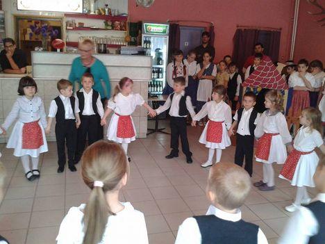 Óvodások, 2013. ősz, Nyugdíjasklub