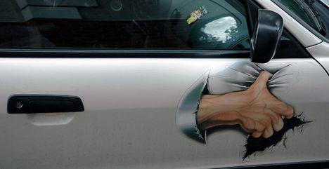rajz a kocsidra, ha olyan helyre mész, ahol féltenéd