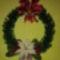 gyöngyből fenyő dekor virággal