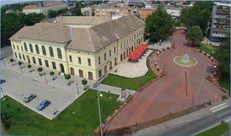 Széchényi tér rekonstrukciója