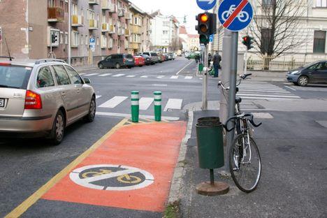 Sopron - Csengery utca, kerékpársáv vége
