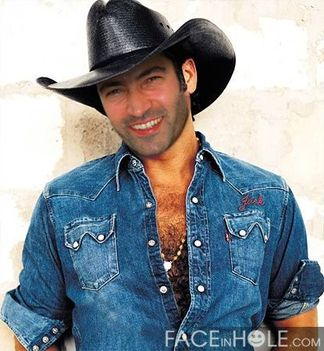 Kenan, mint cowboy