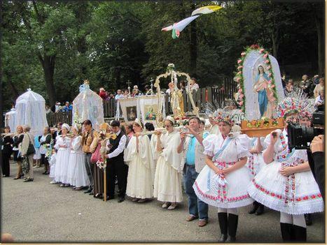 Mátraverebély - Szentkút kút gyalogos Gyönygyösről zarándokok