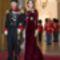 Den kongelige familie ankommer til nytårstaffel-5