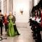 Den kongelige familie ankommer til nytårstaffel-9