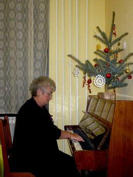 Karácsonyi dalokat énekeltünk!
